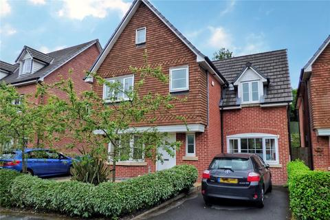 4 bedroom detached house for sale - Sydney Barnes Close, Rochdale, Greater Manchester, OL11