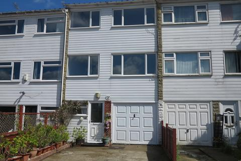 3 bedroom townhouse to rent - Hanwood Close, Woodley, Reading, RG5 3AB