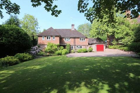 4 bedroom detached house for sale - Lucastes Avenue, Haywards Heath