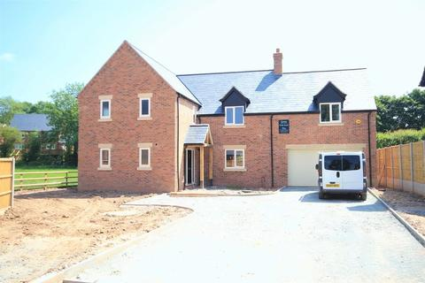 5 bedroom detached house for sale - Oak Tree Way, Whitchurch