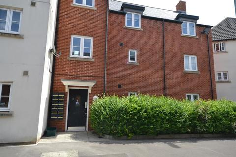 1 bedroom flat for sale - Victoria Close, Dursley, GL11 4GH