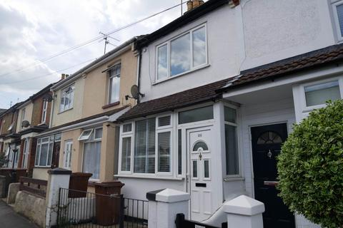 3 bedroom terraced house to rent - Milton Road , Gillingham, Kent