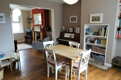 2 bedroom end of terrace house for sale - Lymore Terrace, Oldfield Park, Bath