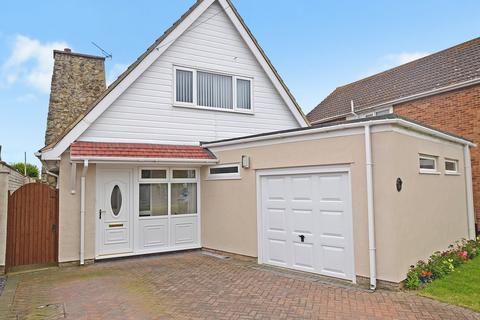 4 bedroom detached house for sale - Victoria Road West, Littlestone