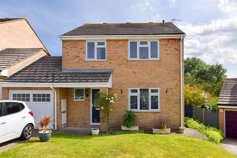 4 bedroom detached house for sale - Hadleigh Gardens, Herne Bay