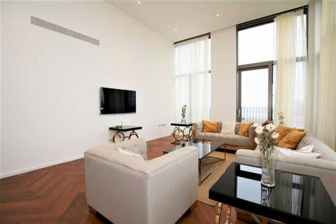3 bedroom apartment to rent - Capital Building, New Union Square, SW11