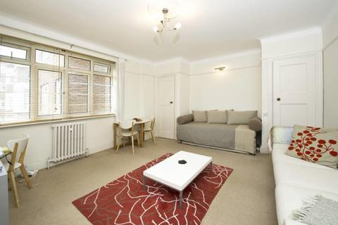 Studio to rent - Chatsworth Court, Pembroke Road, London, W8