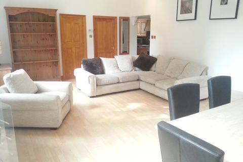 3 bedroom flat to rent - Maida Vale, London, W9