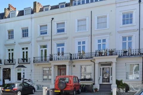 3 bedroom flat to rent - Earls Court Road,Kensington, London , W8