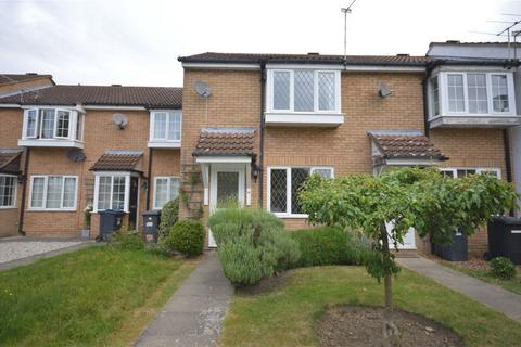 2 bedroom terraced house to rent - Calverley Close, Bishop's Stortford, Hertfordshire