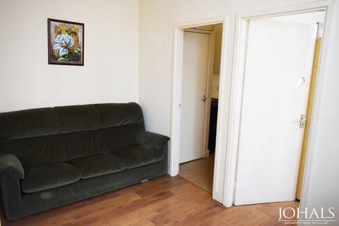 1 bedroom flat to rent - Flat 2 Highfield Street,  Leicester, LE2