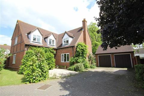 4 bedroom detached house for sale - Walton Gardens, Newtown, Tewkesbury, Gloucestershire