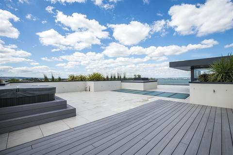 4 bedroom penthouse for sale - Banks Road, Sandbanks, Poole