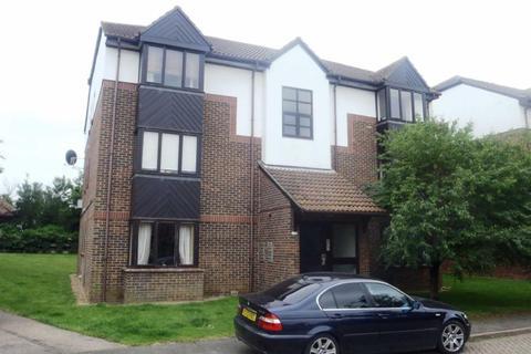 Studio to rent - Talus Close, Watts Wood