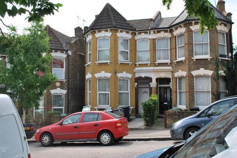 Studio to rent - Burgoyne Road, Harringay, London, N4