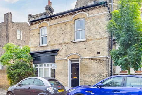 2 bedroom house for sale - Vauxhall Grove, London. SW8