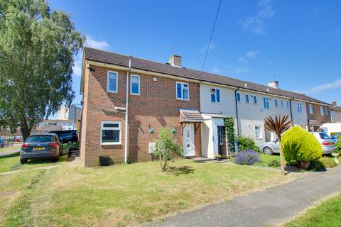 3 bedroom end of terrace house for sale - Grateley Close, Weston