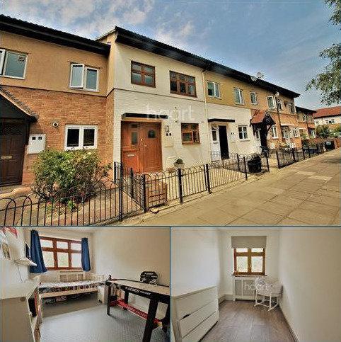 3 bedroom terraced house for sale - Barkingside