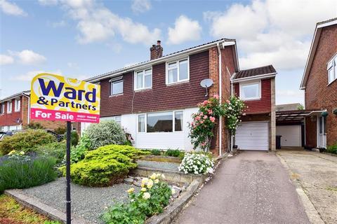 3 bedroom semi-detached house for sale - Cedar Road, Sturry, Canterbury, Kent