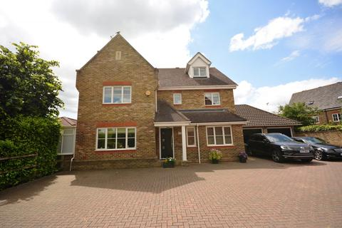5 bedroom detached house to rent - Roselawn Fields, Broomfield, Chelmsford, Essex, CM1