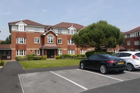 2 bedroom flat to rent - Summerfield Village Court, Ringstead Drive, WILMSLOW
