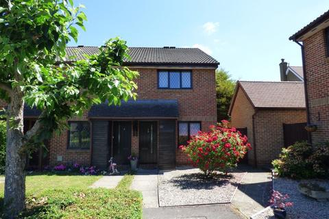 2 bedroom house to rent - CROWTHORNE