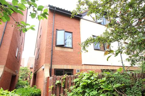 2 bedroom apartment to rent - Portland Court, Cumberland Close, Balti Wharf, Bristol, BS1