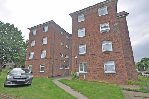 2 bedroom apartment to rent - Meadgate Avenue, Great Baddow, Chelmsford, CM2