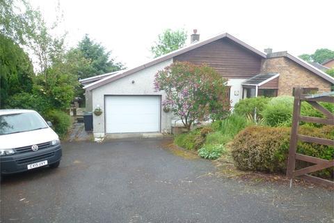 3 bedroom detached bungalow for sale - Parc Y Plas, Aberporth, Cardigan, Ceredigion