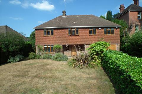 4 bedroom detached house for sale - Manor Park, Tunbridge Wells, Kent, TN4