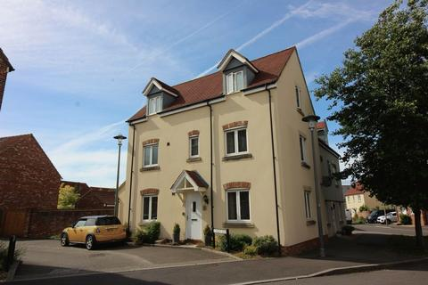 4 bedroom semi-detached house to rent - Wight Row, Bristol