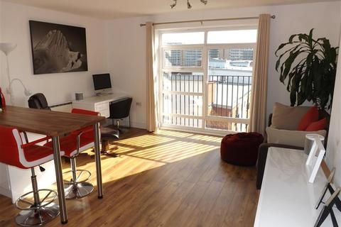 2 bedroom apartment for sale - Renolds House, Everard Street, Salford, M5 4UB