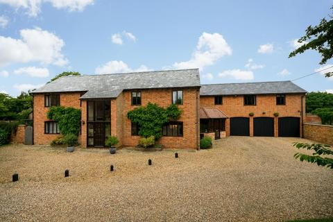 5 bedroom barn for sale - Mill Lane, Wingrave