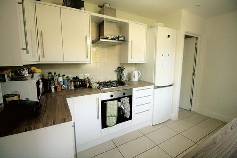 5 bedroom end of terrace house to rent - Sedgwick Road, Leyton E10 6QP