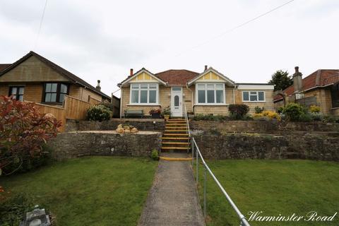 3 bedroom detached bungalow to rent - Warminster Road, Bath