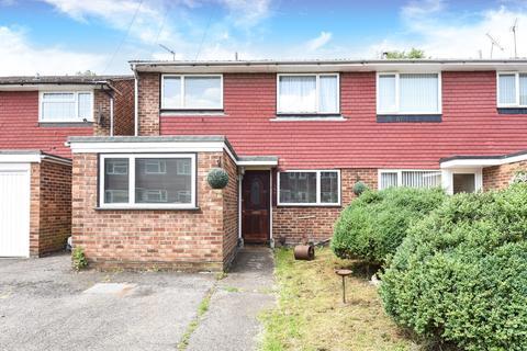 1 bedroom house share to rent - Fairway Avenue, West Drayton, UB7