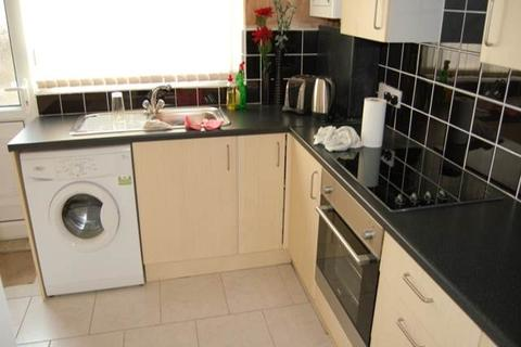 3 bedroom house share to rent - Leopold Road, Kensington Fields, Liverpool