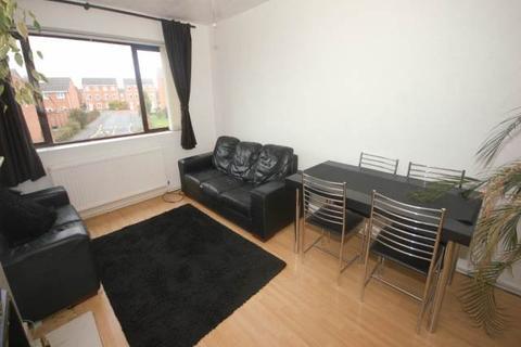 3 bedroom apartment to rent - Grampian Court, Grampian Road, Liverpool
