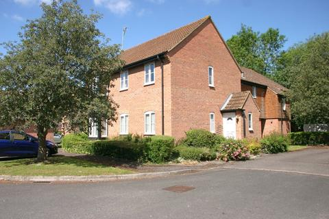 2 bedroom maisonette to rent - Wiltshire Close, Hungerford