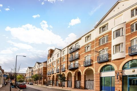 2 bedroom apartment to rent - King And Queen Wharf, Rotherhithe Street