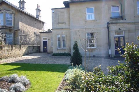 2 bedroom ground floor flat to rent - Oldfield Road, Bath