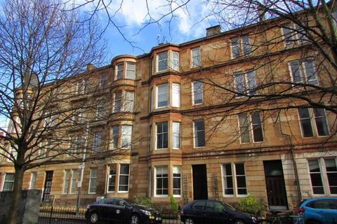 2 bedroom flat to rent - Main door 2 Bed furnished at Woodlands Dr, G4