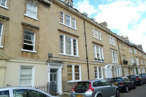 1 bedroom flat to rent - New King Street
