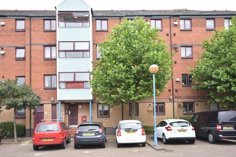 2 bedroom flat to rent - Abernethy Quay, Swansea