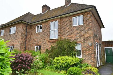 3 bedroom semi-detached house for sale - Julians Way, Sevenoaks, TN13