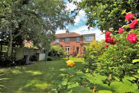 4 bedroom semi-detached house for sale - Manor Way, Bexleyheath
