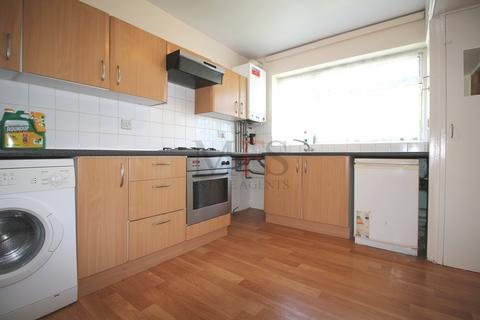 2 bedroom terraced house to rent - Cranford Drive, Hayes, UB3
