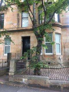 3 bedroom flat to rent - Main Door 94 Gibson Street , Hillhead , Glasgow  G12