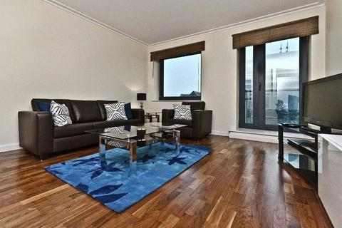 1 bedroom flat to rent - Discovery Dock East, 3 South Quay Square, London, E14