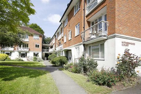 3 bedroom maisonette for sale - Hitherwood Drive, London